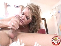 Obscene Sexy Kelly Leigh Could Not Expect To Smack Her Reward Spurting On Her Mouth