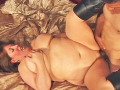 Mindie Mounds is unstoppable one time her rolls are set in motion! Using every inch of her body to her advantage, Mindee is fucked deep and lengthy previous to this sweetheart is showered wth cum!