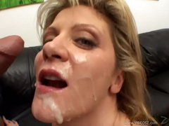 Ginger Lynn acquires her face plastered with cum